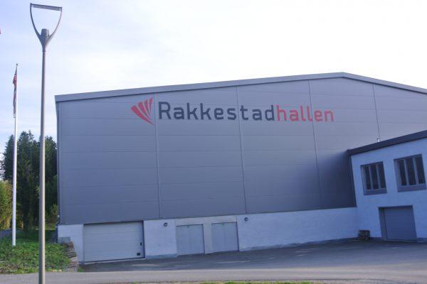 Gjennomføring av håndballkamper i Degernes og Rakkestadhallen